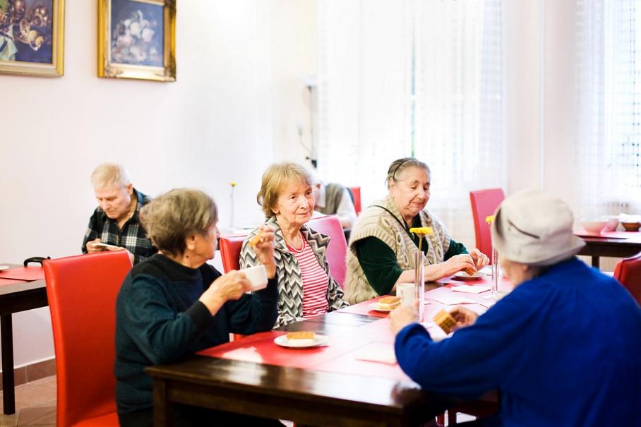 Когда пенсионеры не платят налог на имущество