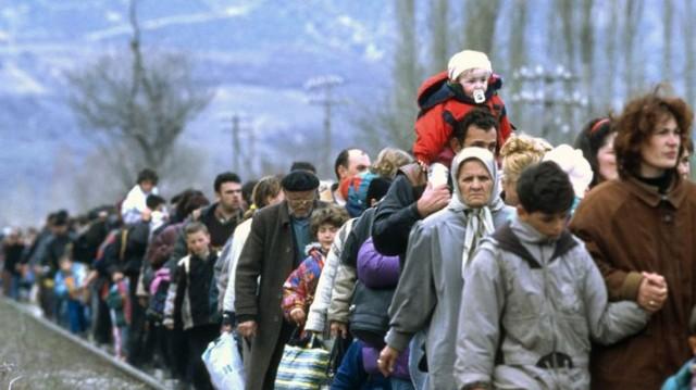 пенсии переселенцам из зоны ато будут выплачивать через ощадбанк