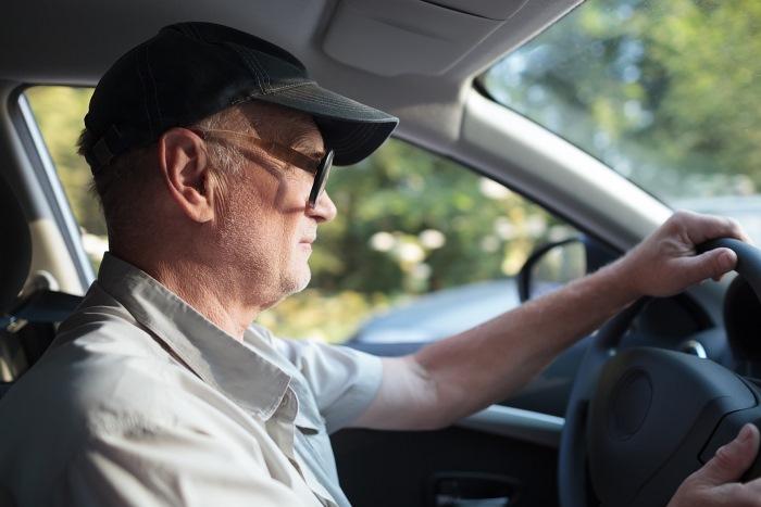 Есть ли скидка пенсионерам на транспортный налог в 2017 году?