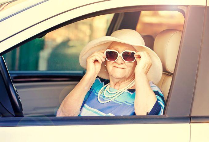 Пенсионеры ип должны ли платить взносы на себя