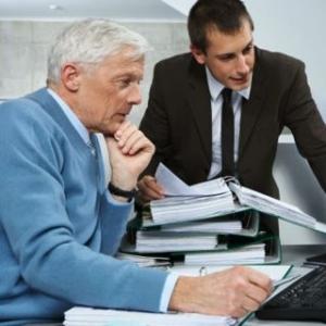 Пенсия работающим пенсионерам в 2015г.