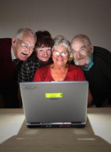 Сколько будет стоить обучить человека компьютеру для пенсионеров