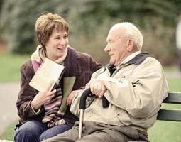 Может ли пенсионер быть опекуном пожилого человека?