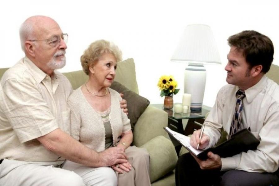 Может ли пенсионер подать на алименты?