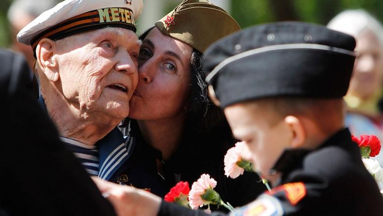 Сколько пенсия у ветеранов Великой Отечественной войны?