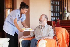 Уход за пенсионерами старше 80 лет: документы