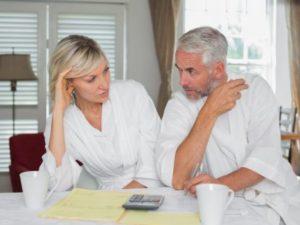 Что выгоднее: договор дарения или завещание на квартиру?