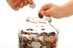 Как откладывать деньги с зарплаты на отпуск?