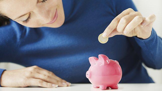 Как правильно откладывать деньги с зарплаты?
