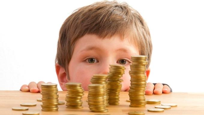 Перерасчет пенсии за периоды ухода за детьми