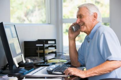 Если пенсионер уволился с работы, надо ли сообщать в Пенсионный фонд?
