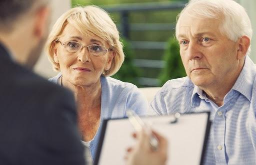 Взыскание долгов с пенсионеров