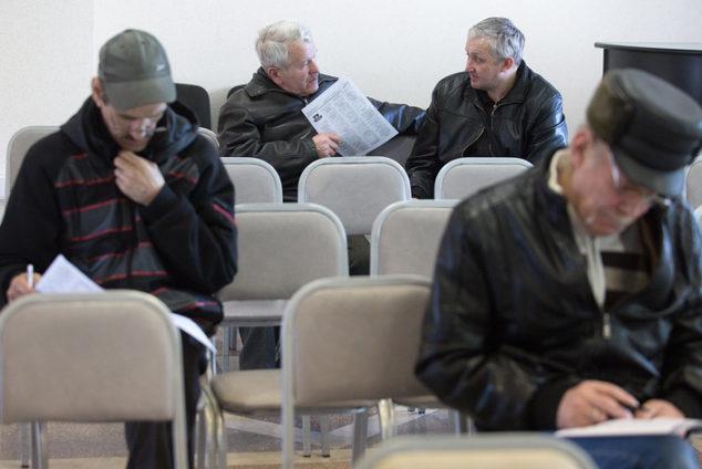 Перерасчет пенсии работающим пенсионерам после увольнения