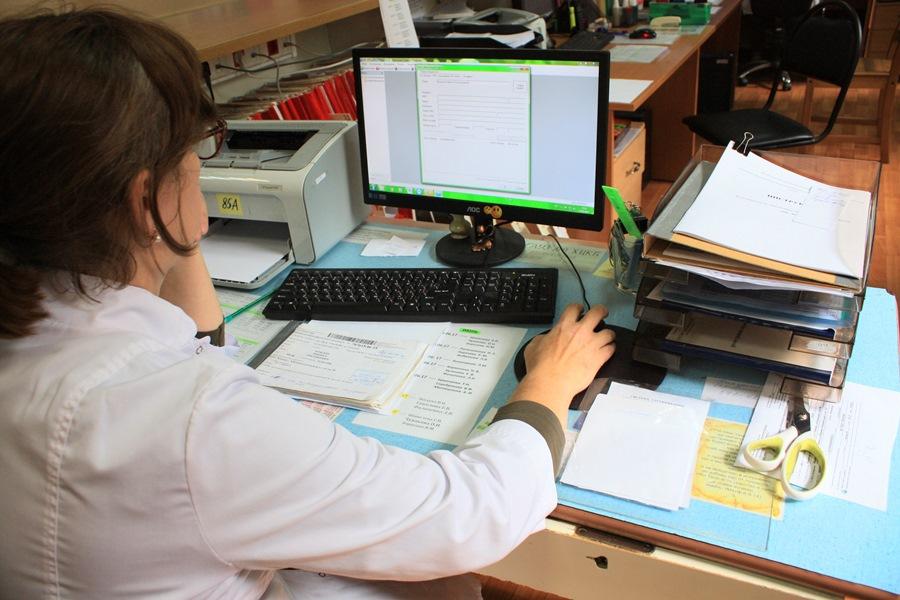 Больничные для работающих пенсионеров в сентябре