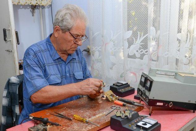 Наказание пенсионерам за работу без оформления